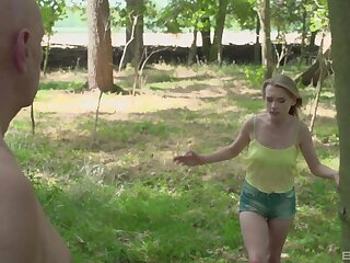 Outdoors fucking in hammer away local woods around amateur Lily-rose Ray