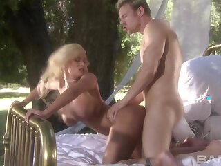 Day-dreamer outdoors fucking with stunning blonde star Shyla Stylez
