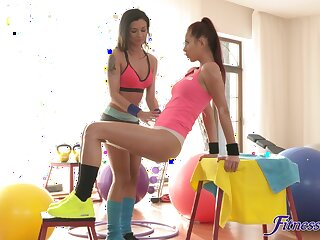 Error-free pussy licking and fingering on the gym floor with Keira