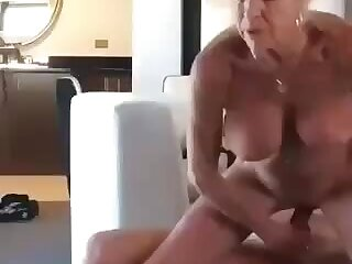 I would get a kick out of to fuck this granny