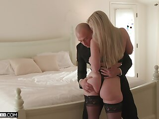 Energized blonde involving thick ass, crazy cock riding skills