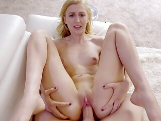 Horny blonde babe Alexa Grace gets surprised with a thick pecker