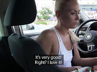 Titillating Blondes Have Hot Car Sexual relations In Produce a overthrow